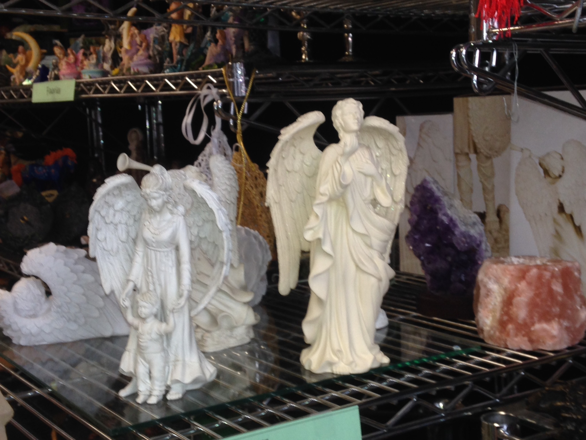 Statues & Figurines